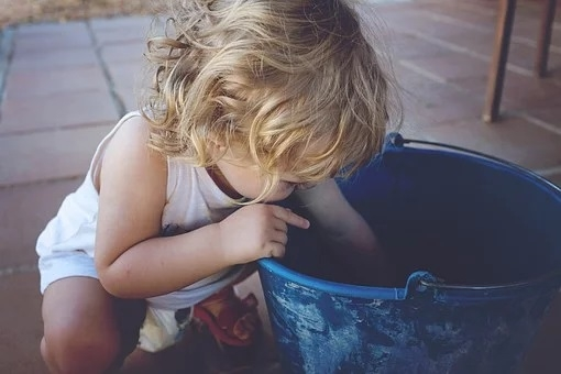 Great messy play ideas for lockdown